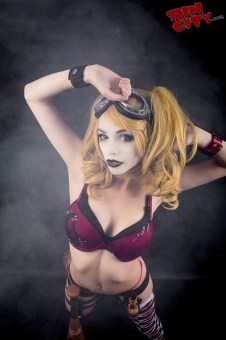 Harley-Quinn-Nude-Rin-City-Cosplay-15-zbeevVJ