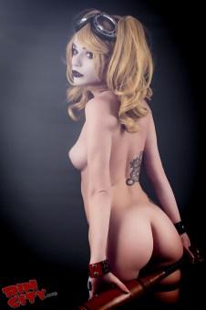 Harley-Quinn-Nude-Rin-City-Cosplay-42-iFUjRss