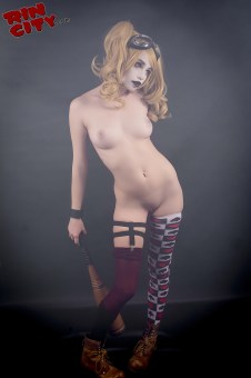 Harley-Quinn-Nude-Rin-City-Cosplay-45-5JQAyFC