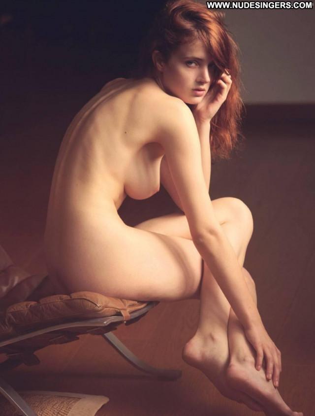 Fanny Francois S Magazine Model Beautiful Beautiful Stunning Chair