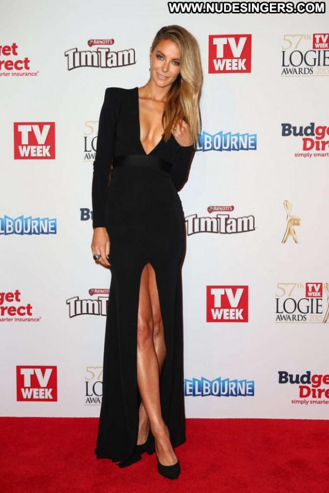 Jennifer Hawkins Paparazzi Posing Hot Babe Awards Beautiful Celebrity