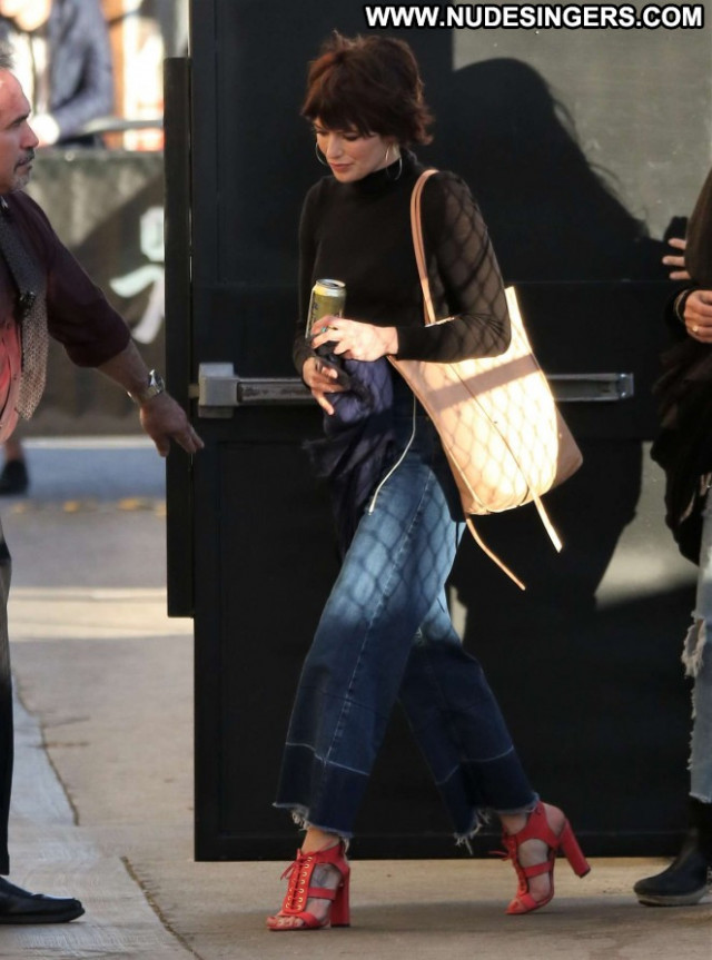 Lena Headey Jimmy Kimmel Live Celebrity Paparazzi Posing Hot