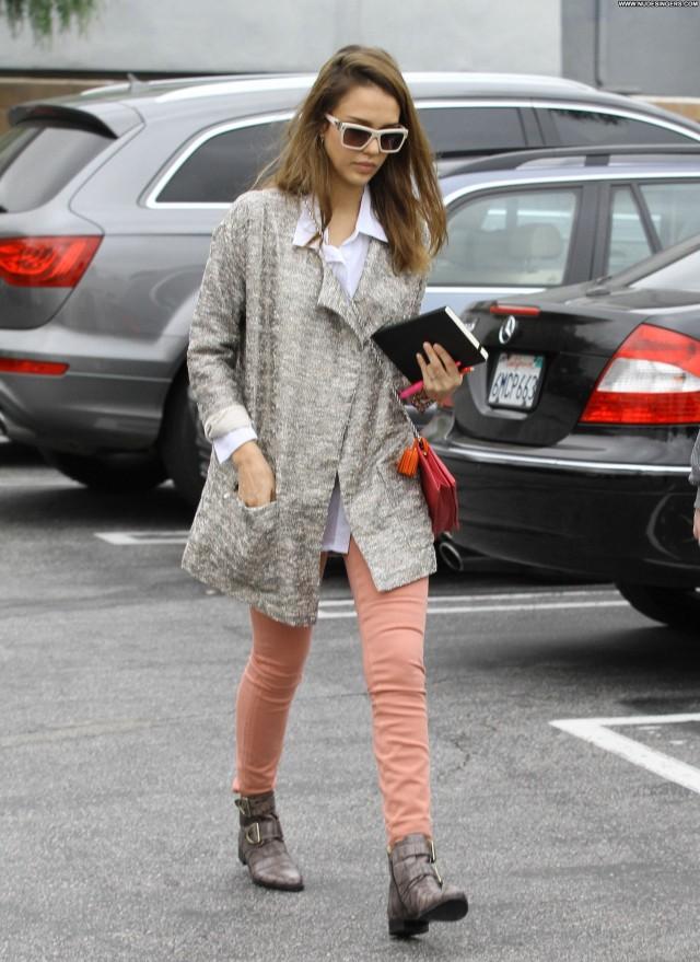 Jessica Alba Fashion Show Babe Beautiful Posing Hot Celebrity Female
