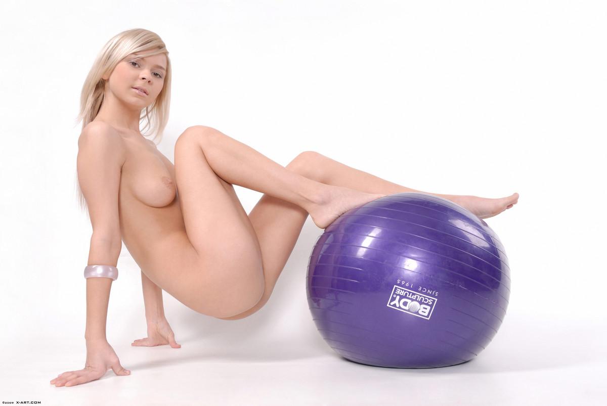 Reese Nude Sport  NudesPuricom