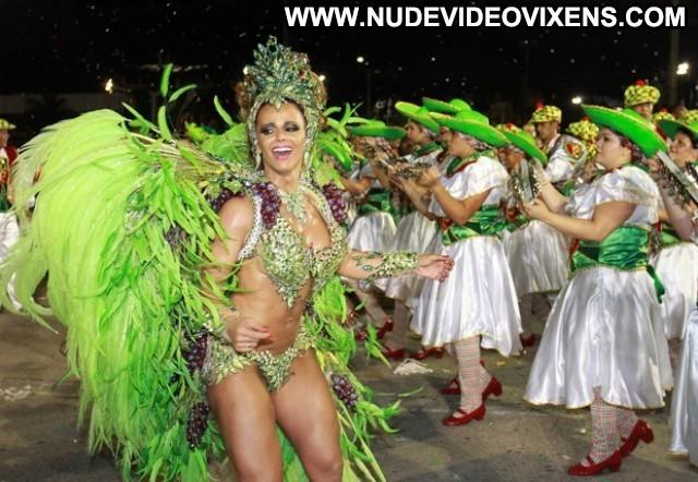 Viviane Araujo Mancha Verde Gorgeous Sensual Posing Hot Medium Tits