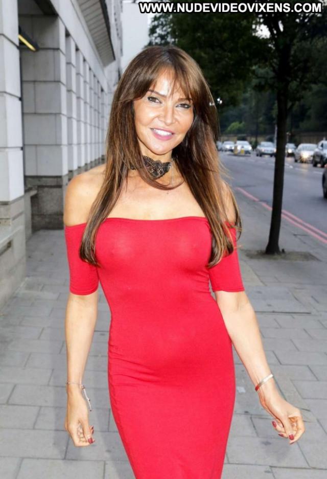 Lizzie Cundy No Source London Celebrity Paparazzi Posing Hot