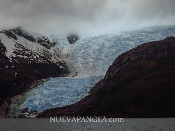 Glaciar sobre el Canal de Beagle