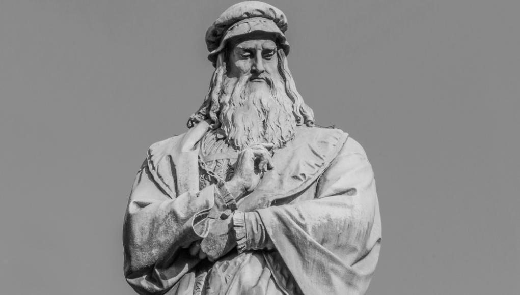 Estatua de Leonardo Da Vinci © Shutterstock