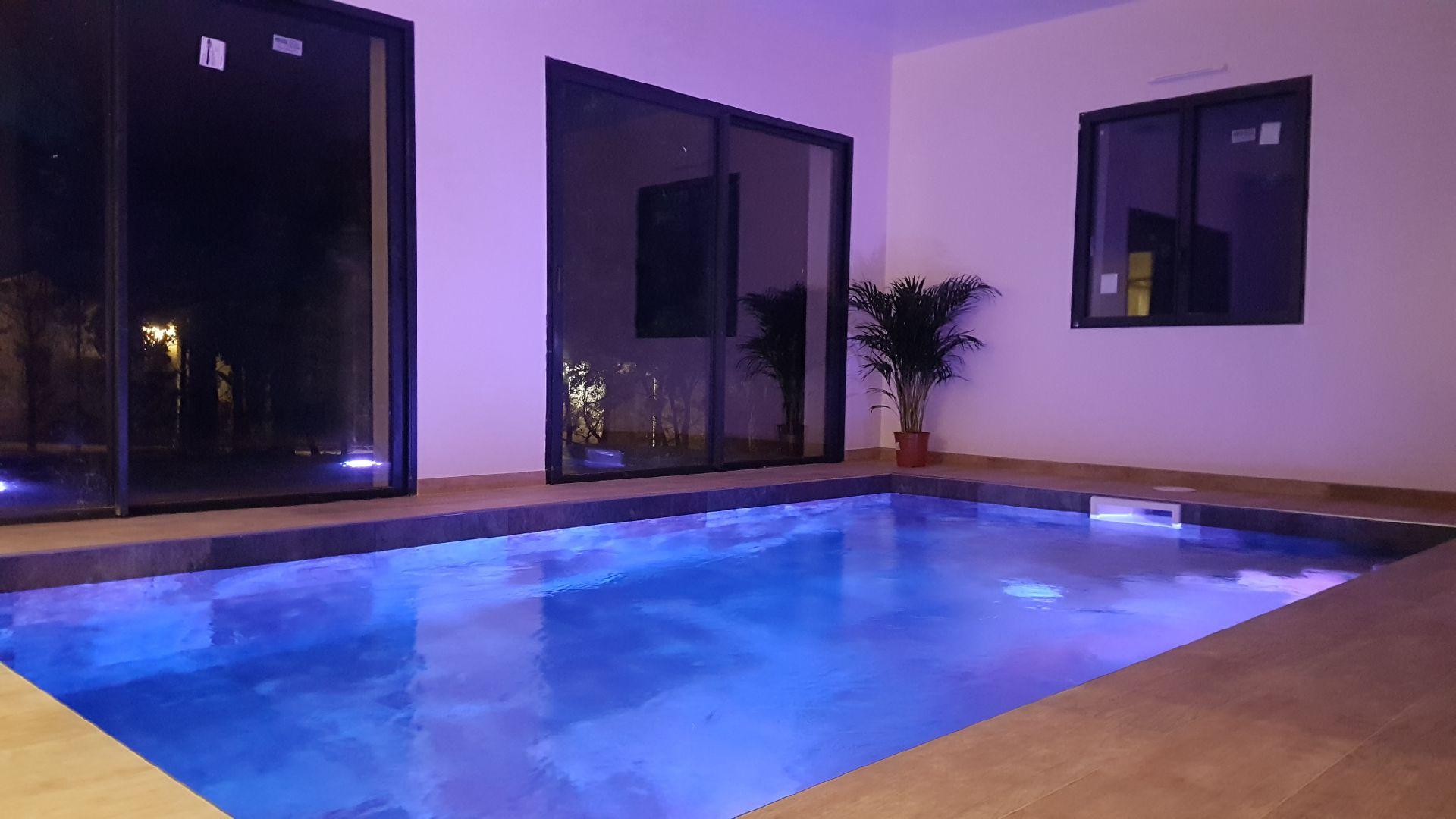 Villa Attrapes Rves avec jacuzzi et piscine privatifs  Nuit damour