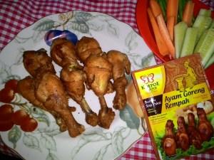 Ayam Goreng Rempah Koepoe-Koepoe : Dari Aromanya Saja Sudah Khas