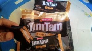 Timtam Smooth & Crunchy : Nyoklat Banget Rasa Biskuitnya