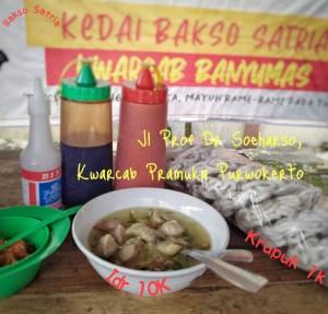 Ada Kedai Bakso Satria Di Kwarcab Banyumas, Penjualnya Anak Pramukaan!