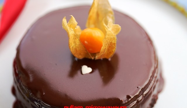 Chocolate Shortbread Cake
