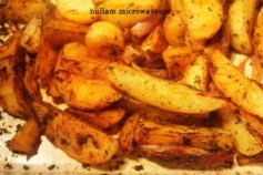 Cajun style potato wedges