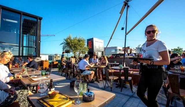Black Smoke Rooftop bar … summer vibes op het zesde verdiep