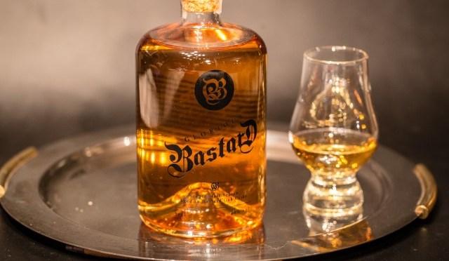 Glorious Bastard whisky van Asta Morris