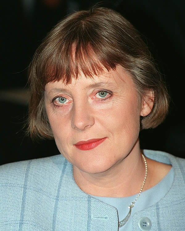 angela1998