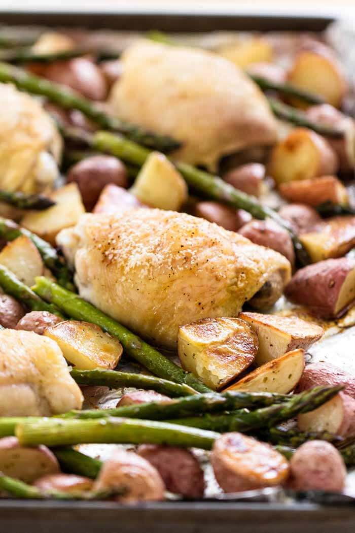 Simple-Chicken-and-Vegetable-Sheet-Pan-Dinner-3