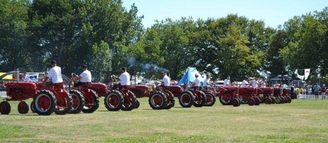 Vintage tractor dancing