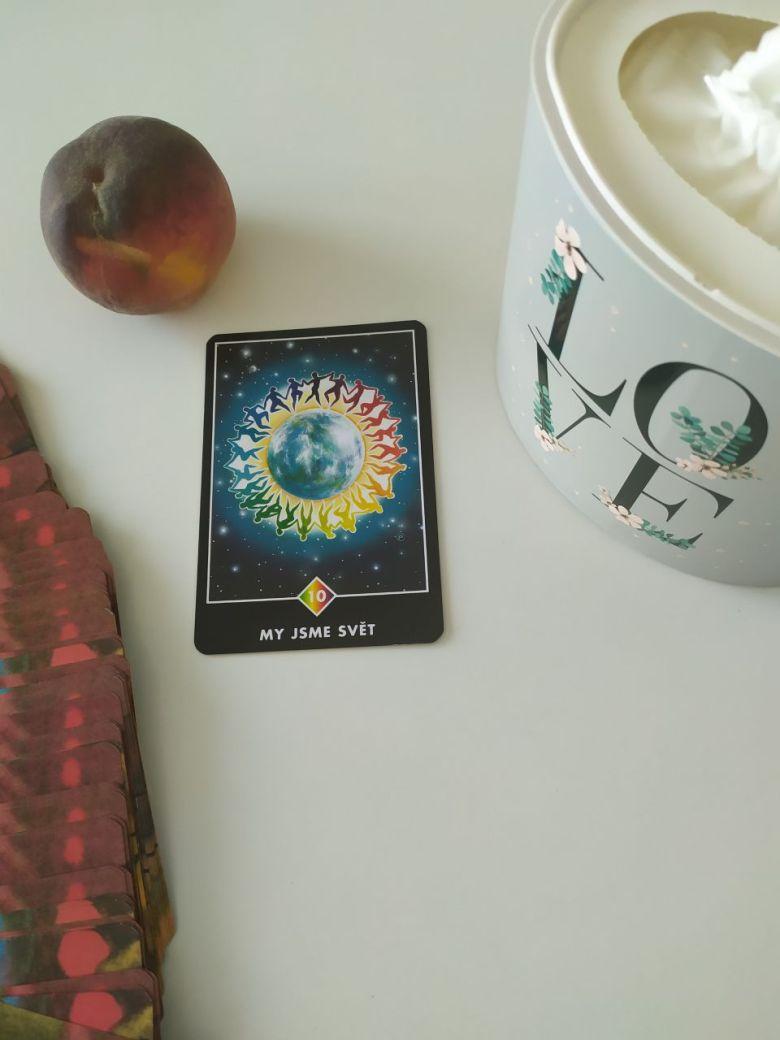 Tarotová karta Osho Zen Tarot s názvom My sme svet