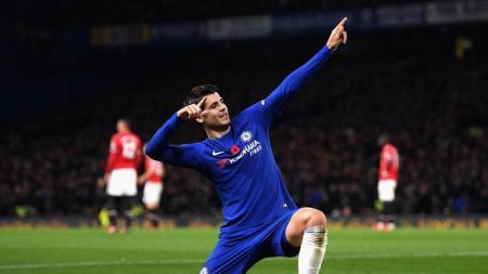 Morata piega la parte rossa di Manchester, mentre quella azzurra sorride| numerosette.eu
