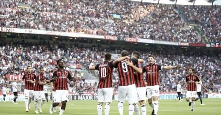Milan, la forza del gruppo | Numerosette Magazine