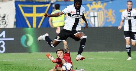 Gervinho con la maglia del Parma | Numerosette Magazine