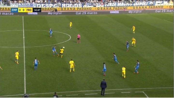 Il recupero palla dell'Empoli | numerosette.eu