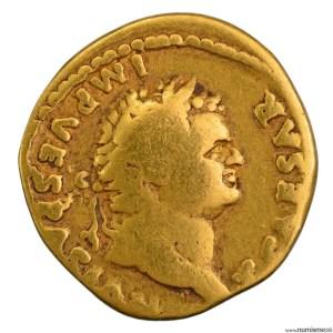 Titus aureus frappé à Rome