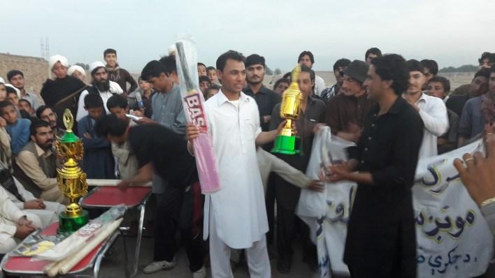 cricket-peace (8)