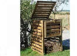 composteur en bac pour récolter un compost bio recycler ses déchéts organiques ménagers