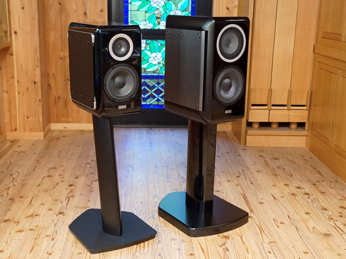 TAD Micro Evolution One Me1 speaker product page