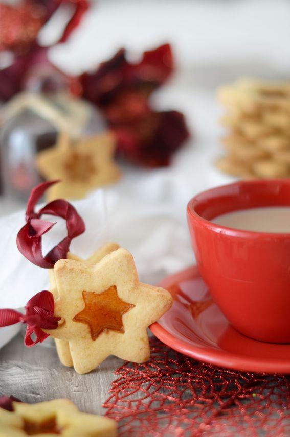 Biscotti di pasta frolla con vetrino