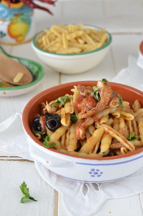 Cavatelli murgiani con polpo pomodorino al naturale e olive