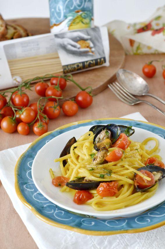 Linguine con cozze pomodorini e salsa allo zafferano