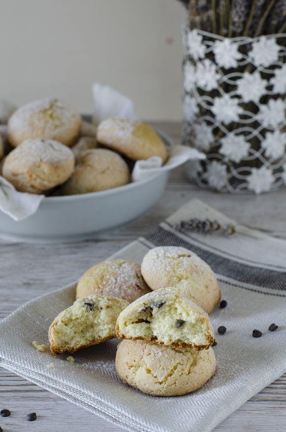 Biscotti pan ricotta con crema pasticcera e gocce di cioccolato senza burro