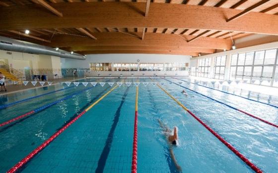 Nuotare in piscina in provincia di Napoli