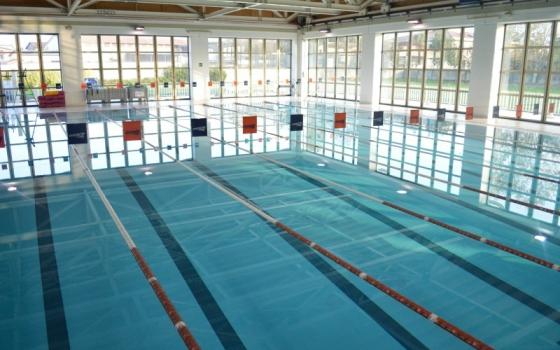 Nuotare in piscina in Lombardia