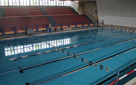 Nuotare in piscina in Toscana