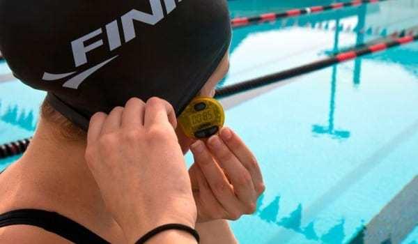 TEMPOTRAINERPRO metronomo nuoto nuotatori FINIS swimmershop