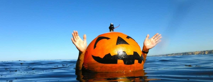 nuotatore allenamento halloween