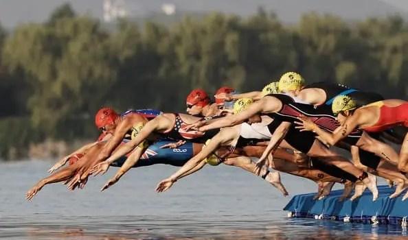 allenamento triathlon vasca coperta