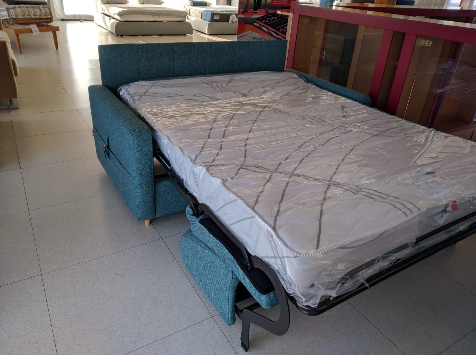 divano letto pronta consegna - Nuova Tag Cassano Magnago