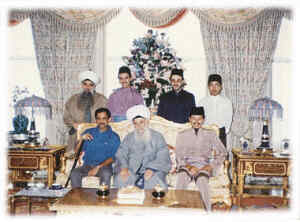 Shaykh Nazim and Sultan Brunei & Prince of Malaysia Raja Ashman