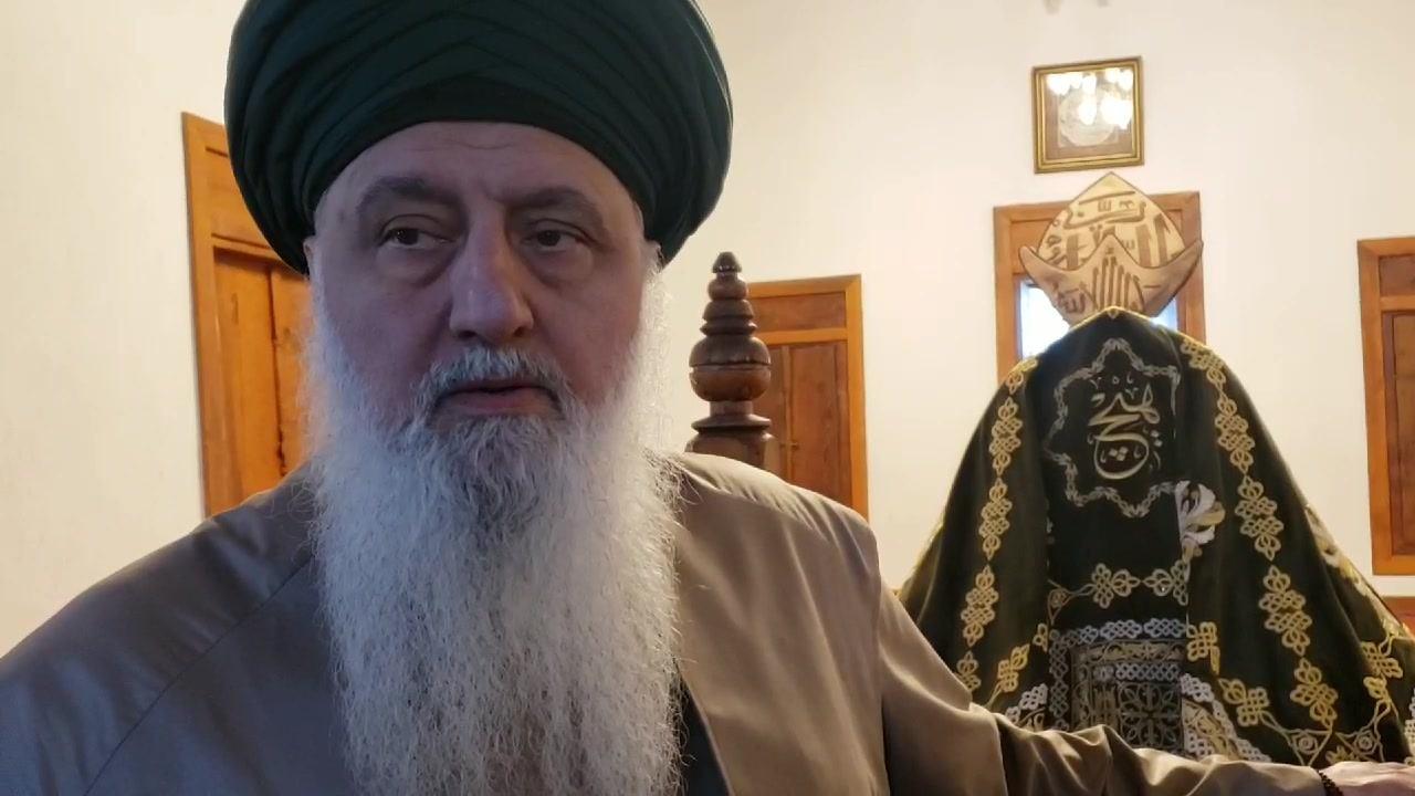 """"""" اَلسَلامُ عَلَيْكُمْ وَرَحْمَةُ اللّٰهِ وَبَرَكاتُهُ.  ہم سیدنا مولانا شمس ..."""