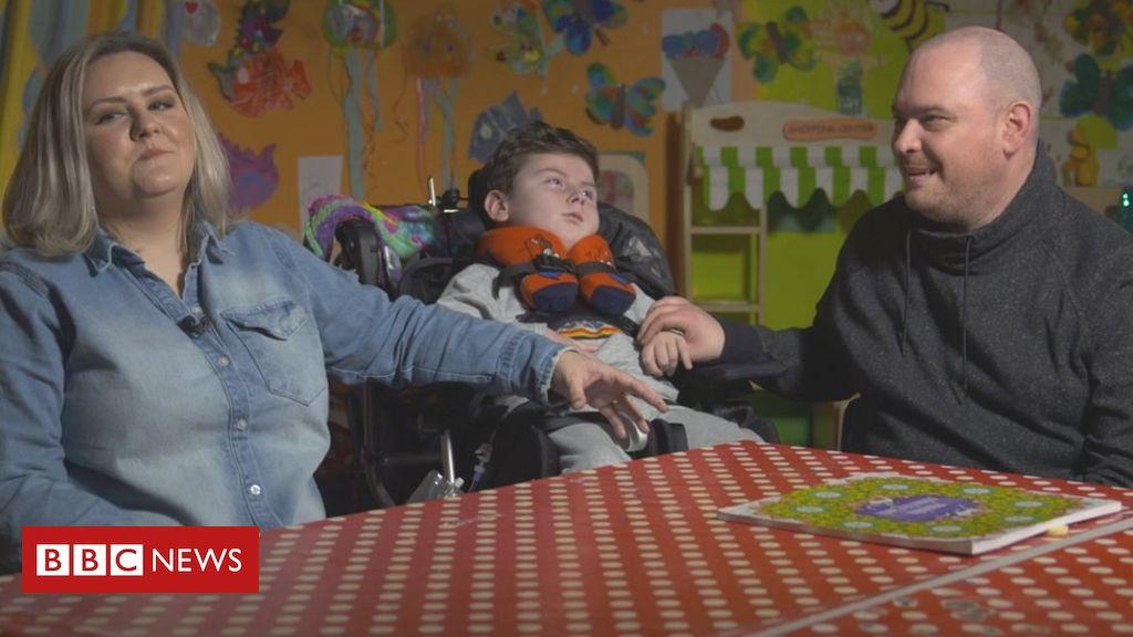 Children's respite care cut by hospice 'crisis'