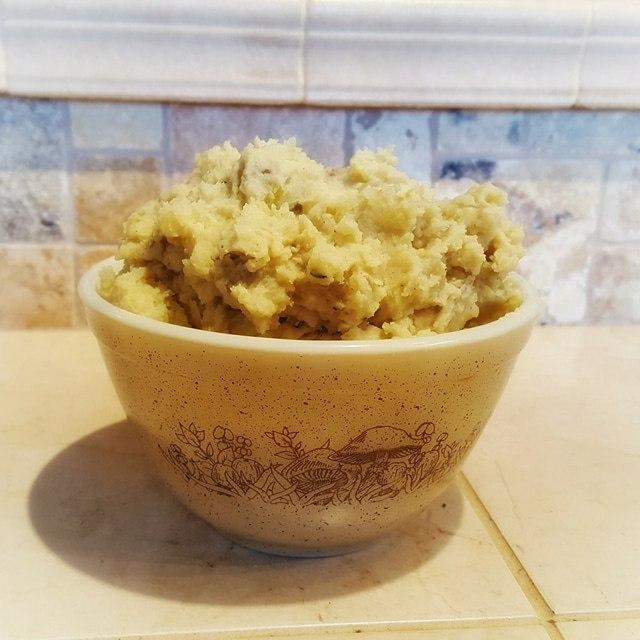 Crazy Creamy Vegan Mashed Potatoes
