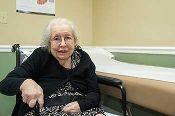 Chicago Recruits Ombudsmen To Improve Nursing Home Care