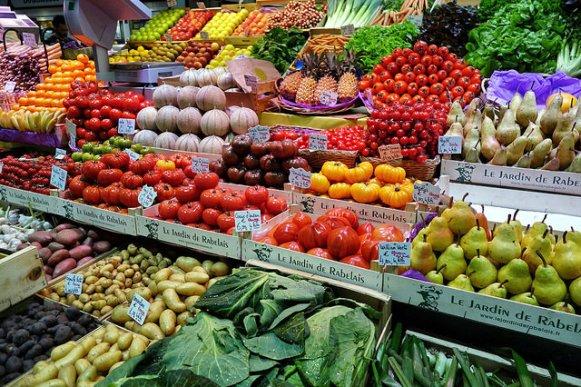 cosa mangiare per ridurre il colesterolo frutta verdura