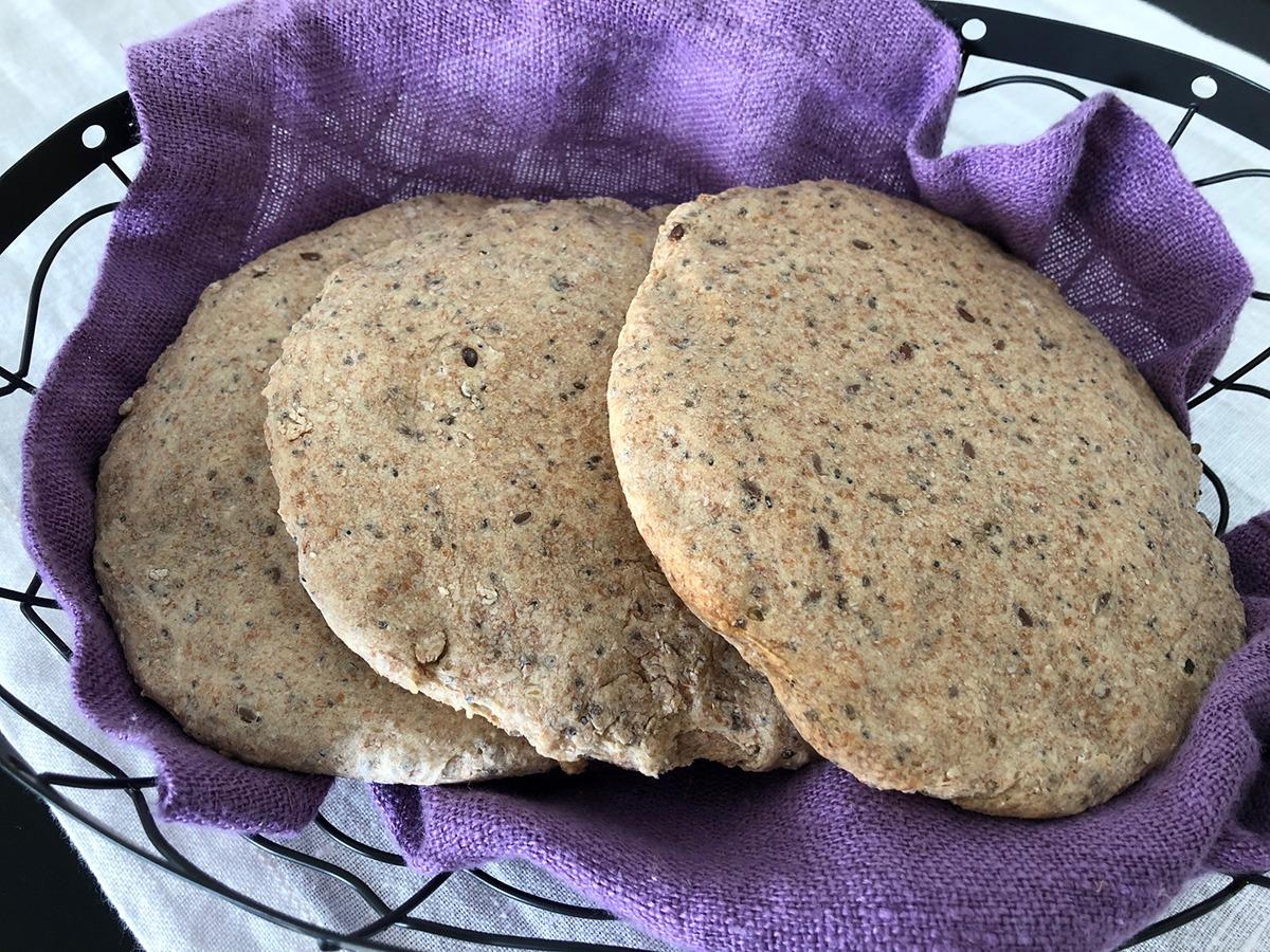 Pan pita con semillas